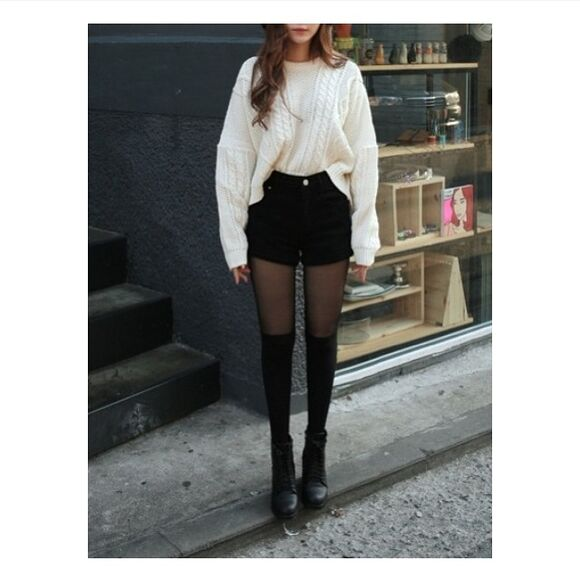 sweater black white pullover korean fashion shorts hight waisted shorts ulzzang