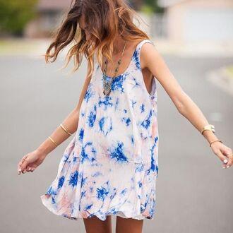 dress blue white pink coral light blue mini dress short dress jewels model cute boho hipster indie chic pretty hot tie dye jewelry accessories bohemian tie dye shirt