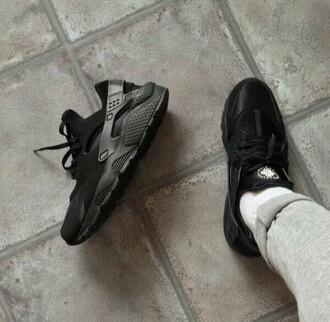 shoes sneakers black swag huarache nike guys girls sneakers basket
