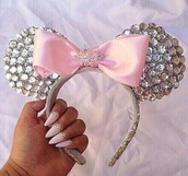 hair accessory,silver glitzer,disney,mickey mouse,minnie mouse,glitter,silver glitter,hair bow,accessories,Accessory,pink,cute,gorgeous,girly,girly wishlist,silver,silver jewelry,princess,beautiful,diadem,nails,nail art