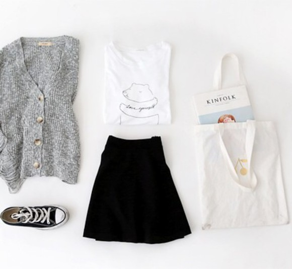 tote bag grey t-shirt top white bear basic converse hipster cardigan white t-shirt skater skirt fall outfits