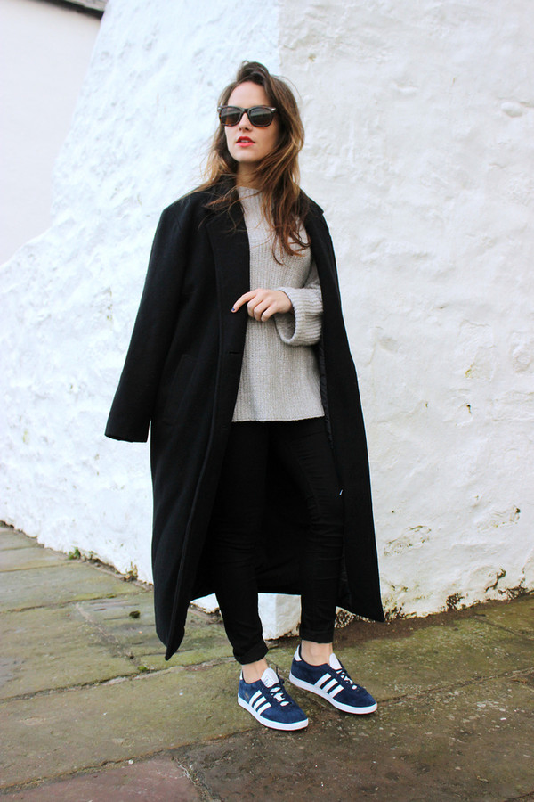the little magpie coat sweater jeans shoes