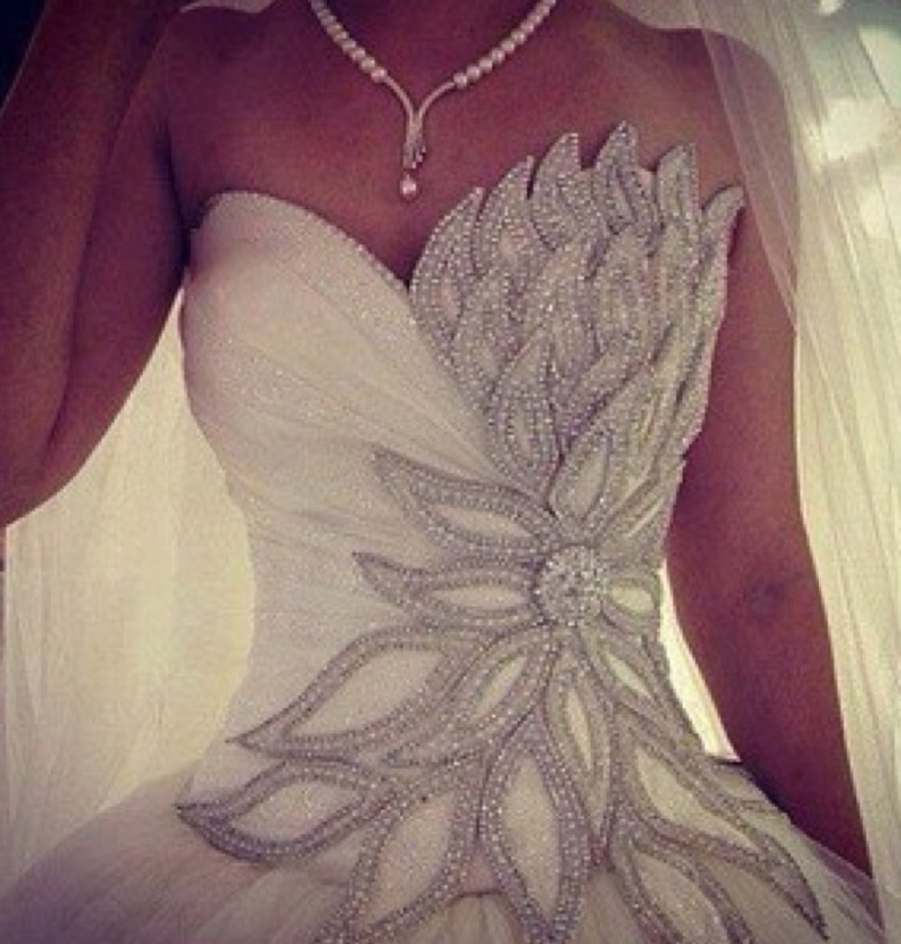 New design fashionable romantic sweetheart ball gown tulle wedding dresses with beading bridal gown vestidos de novia