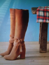 shoes,brown,suede boots,bow,help need these shoes !