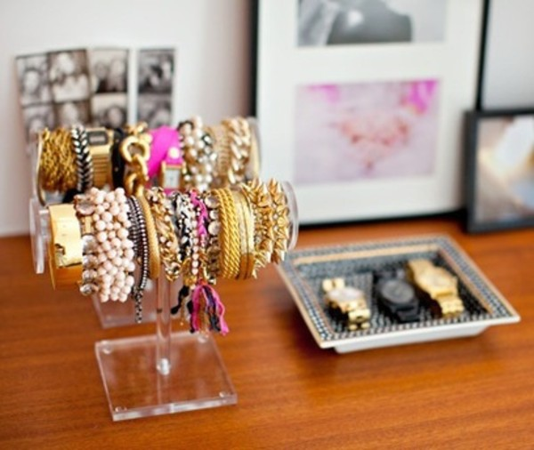 jewels bracelets stand plastic gold rivet spiked watch