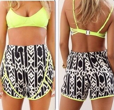 Geometric Print Neon Shorts - Juicy Wardrobe