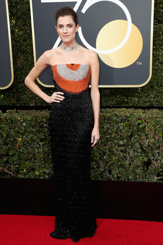 dress allison williams golden globes 2018 strapless red carpet dress necklace embroidered gown prom dress