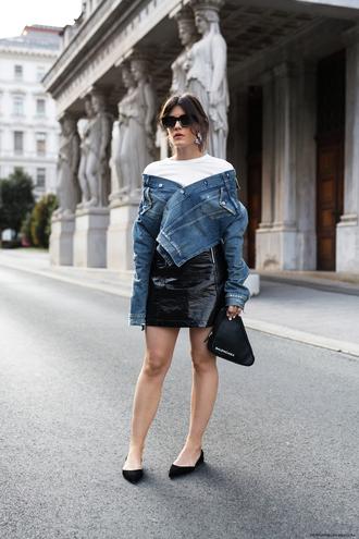 skirt black skirt tumblr mini skirt vinyl vinyl skirt shoes black flats flats top white top jacket denim denim jacket