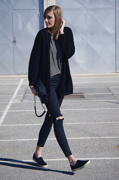 katiquette blogger slip on shoes cardigan skinny jeans ripped jeans bag shirt jeans shoes all black everything black ripped jeans promod striped top tobi streetstyle