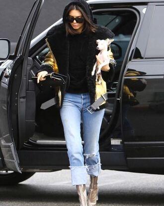 jacket hoodie kendall jenner boots jeans streetstyle kardashians sweater