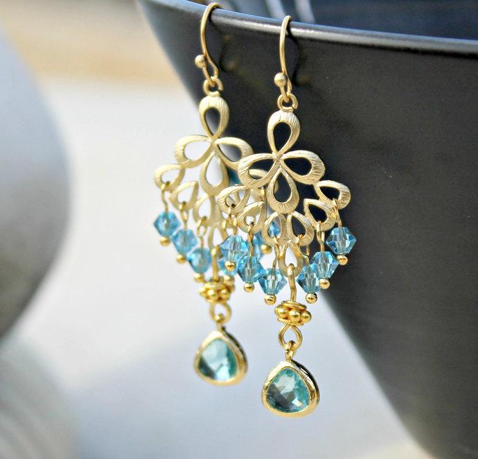 Gold chandelier earrings for wedding