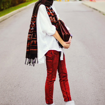 red scarf jeans blogger beauty insanity satchel bag colored jeans scarf red