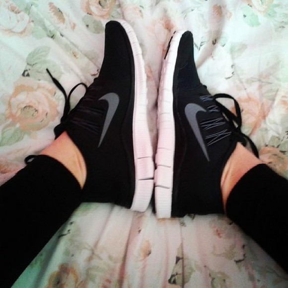 shoes nike black nike sneakers black and white nike sportswear fashion free run nike women nike running shoes nike free run sportswear sports shoes running shoes sneakers nike free run 5.0 grey