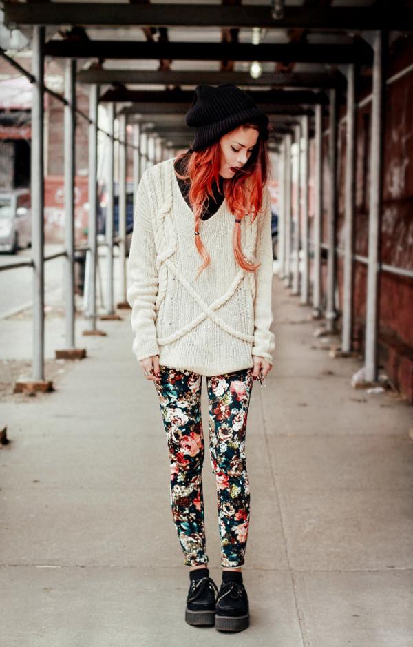 le happy sweater pants