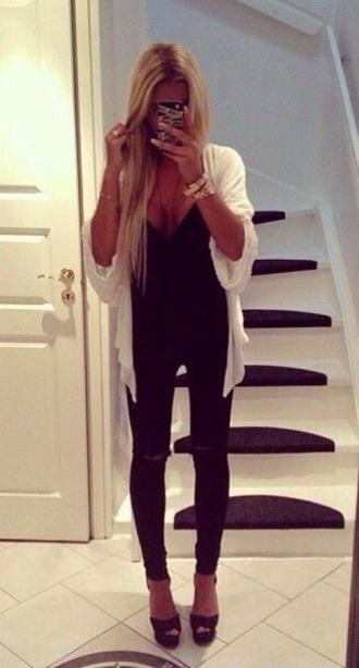 cardigan white cardigan black top black jeans pans