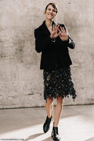 skirt tumblr midi skirt black blazer blazer boots black boots ankle boots pointed boots streetstyle paris fashion week 2017 fashion week fashion week 2017