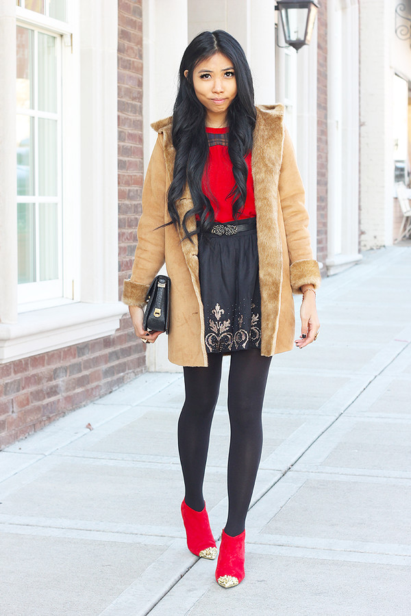 fashion of a novice t-shirt bag skirt coat shoes jewels embroidered skirt embroidered black skirt mini skirt high waisted skirt camel coat top red top tights boots red boots booties black bag cap toe high heels boots