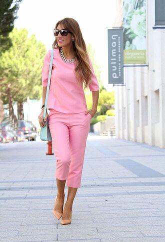 pants pink capri pants top pink top pumps pink pumps nude pumps pointed toe pumps high heel pumps bag blue bag pastel blue sunglasses spring outfits