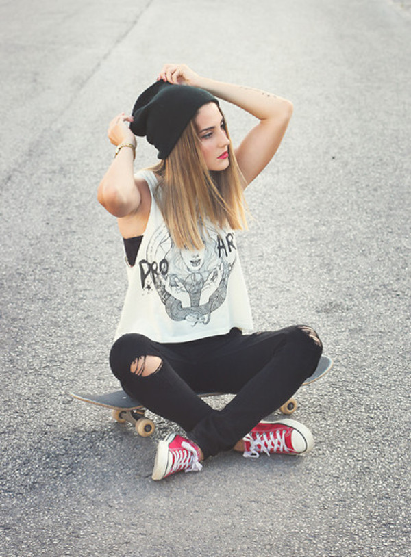 shirt beanie converse jeans muscle tee vans warped tour red converse blouse white black and white tank top t-shirt tumblr clothes street hipster hat skateboard skateboard skater girl swag muscle tee black skinny ripped jeans top tank top t-shirt clothes trendy cool casual pants grunge t-shirt white blouse outfit idea