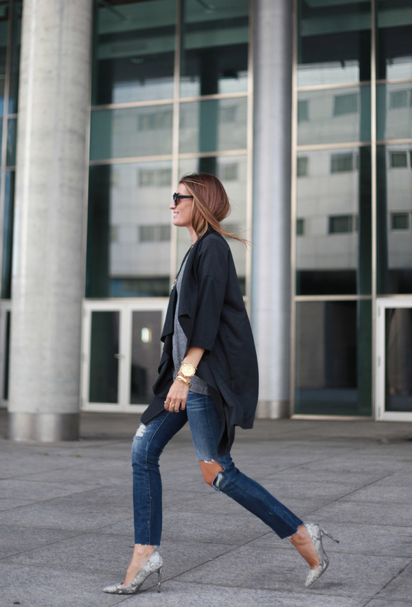 b a r t a b a c blogger t-shirt bag jeans jewels sunglasses