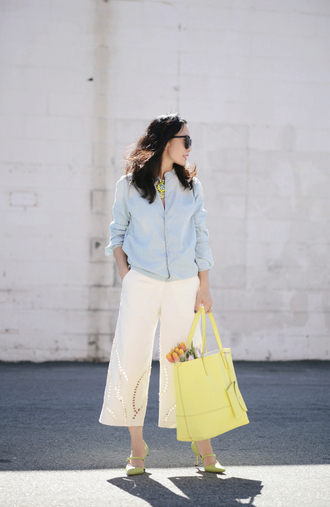 hallie daily blogger culottes tote bag blue shirt