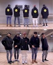 sweater,vans,hoodie,K-pop,kpop,kpop idol,highlight,b2st,black,black and white,black and yellow,sad,face,emotion,top,hood,jeans,denim,grey sweatpants,sweatpants,shoes,brown,yellow,white,grey,blue,hat,cap,south korea,korean celebrities,korean fashion,korean music