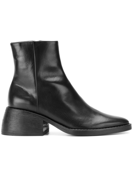 Joseph women leather black shoes