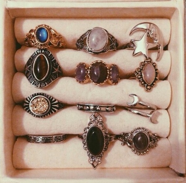 jewels hippie hippie vintage vintage sunlayne ring hippie chic followmyinstagram infinity bff best forever jewelry rose gold rings and tings stars moon precious stones semi precious stones mood ring ring boho grunge gem Accessory jewelry goth alternative