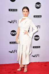 dress,white,white dress,midi dress,sandals,sandal heels,anna kendrick,asymmetrical,asymmetrical dress,celebrity
