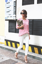 seams for a desire,blogger,heels,cable knit,pink sweater,white jeans,skinny jeans,pouch,giraffe,sweater,jeans,shoes,bag,sunglasses,jewels,printed pouch,animal print