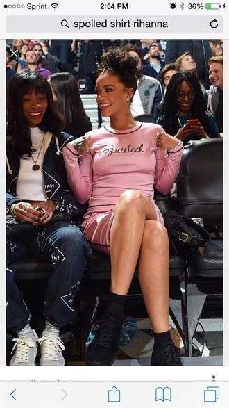blouse rihanna style
