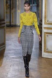 skirt,high waisted,blouse,yellow,yellow top,top,runway,zuhair murad,Paris Fashion Week 2017,fashion week 2017