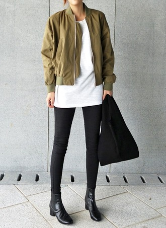 le fashion image blogger jacket t-shirt leggings