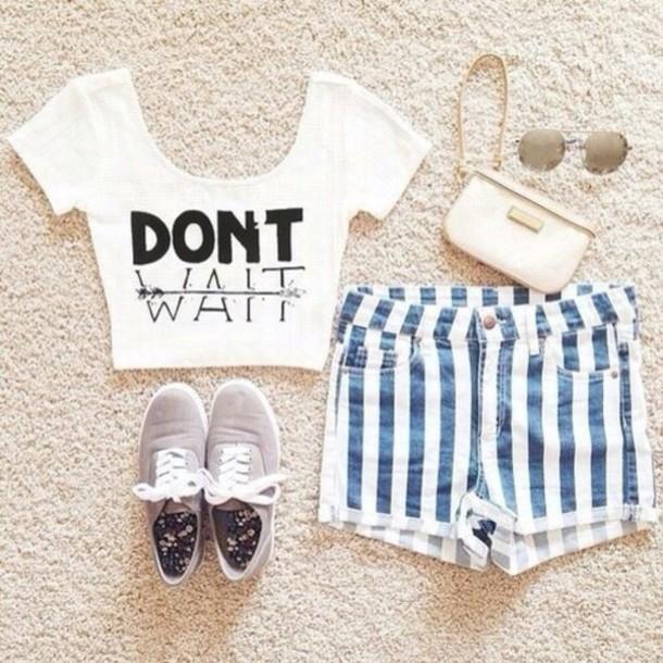 shorts denim shorts white and blue stripes striped top crop tops white waiting shirt t-shirt blouse