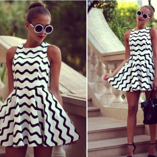 beab748e050 dress classic girly instagram round sunglasses pearl striped dress white  black skater dress sleeveless cute blogger