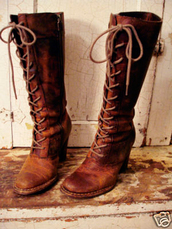 shoes,boots,botas,zapatos,chaussures,lace,lace up,ties,tie up,knee high,fall outfits,heel,brown,orange,rustic,witch,witchy,wicca,pagan,pointed toe,cross lace,cute,outdoors,outdoorsy,tall,women