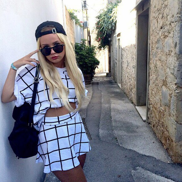 sunglasses grunge casual top t-shirt clothes style trendy