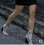 shoes,snake skin