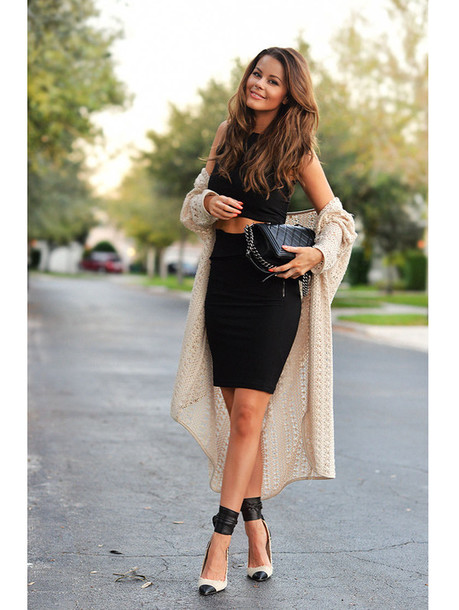 stylista blogger cardigan date outfit heels two-piece bodycon skirt