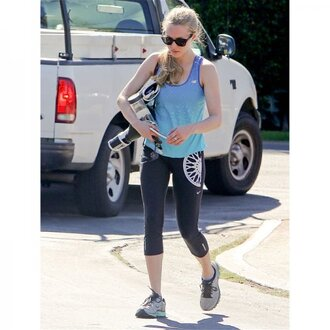leggings amanda seyfried celebrity style celebrity yoga pants black leggings tank top blue workout workout leggings sunglasses running shoes nike gym clothes