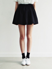 shoes,skirt,socks,black,navy,skater skirt,cute
