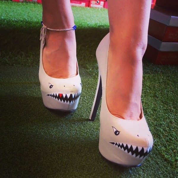 shoes heels shark nude sharp teeth high heel pumps