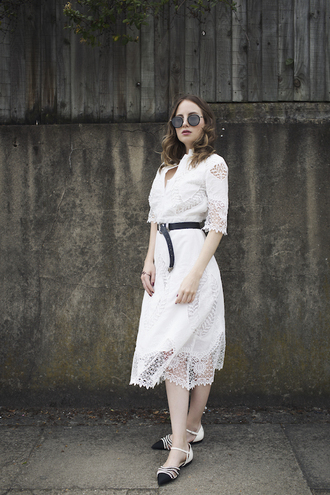 at fashion forte blogger dress belt sunglasses jewels shoes