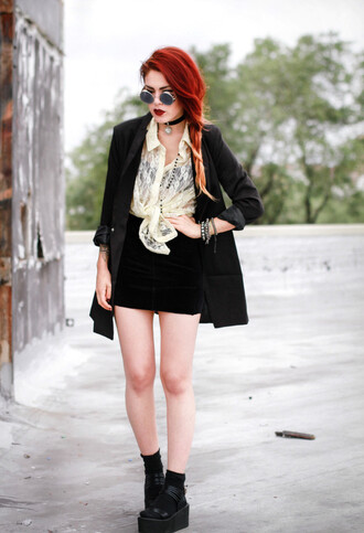 le happy blogger blouse jacket shoes sunglasses