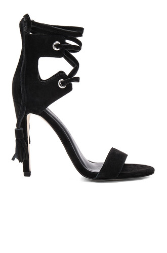 heel black