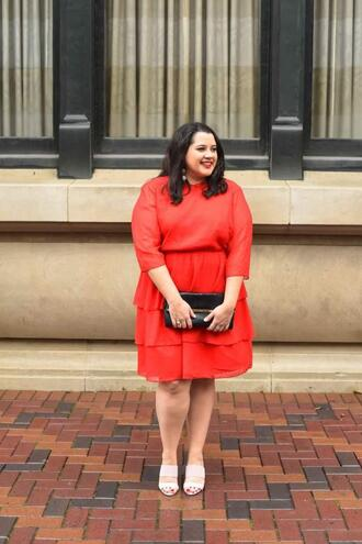 somethinggoldsomethingblue blogger sweater shorts curvy red sweater red skirt