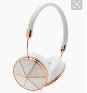 earphones,headphones