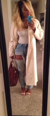 coat,tan,ripped jeans,high waisted jeans,heels,shoes,outfit,fashion,cute,jeans,white,blue jeans