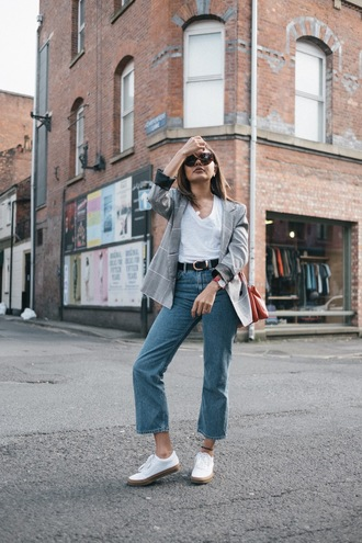 jacket tumblr blazer grey blazer check blazer plaid blazer denim jeans blue jeans cropped jeans shoes air jordans pink white shoes swag girls