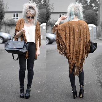 sammi jackson blogger sunglasses jewels tank top top jeans bag shoes